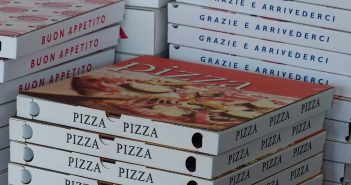 pizza-boxes-358029_1280