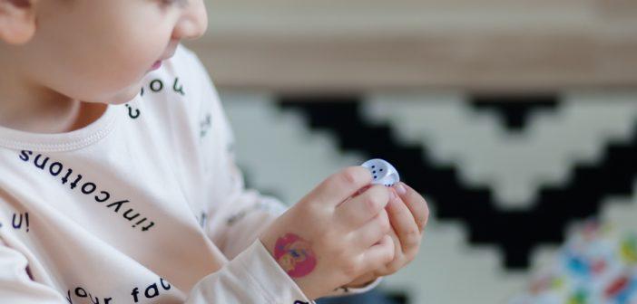 Dom nie musi być więzieniem, czyli 20 sprawdzonych pomysłów na kreatywne zabawy z dzieckiem