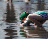 Smutna prawda o utonięciu dziecka. 7 zasad, by tego uniknąć