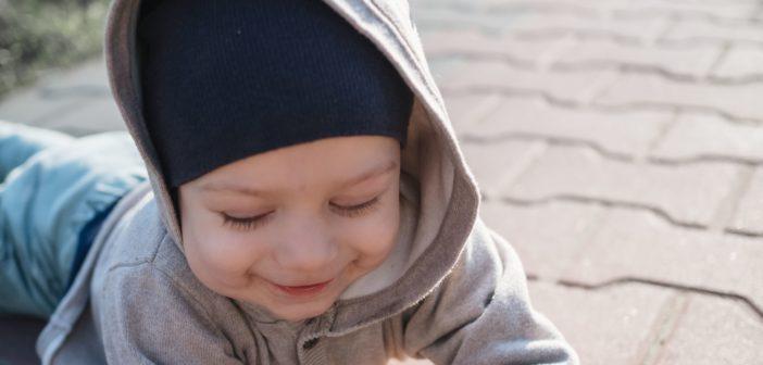 Otwórz gębę i zacznij rozmawiać ze swoim dzieckiem – czyli jak wspierać rozwój mowy u dziecka.