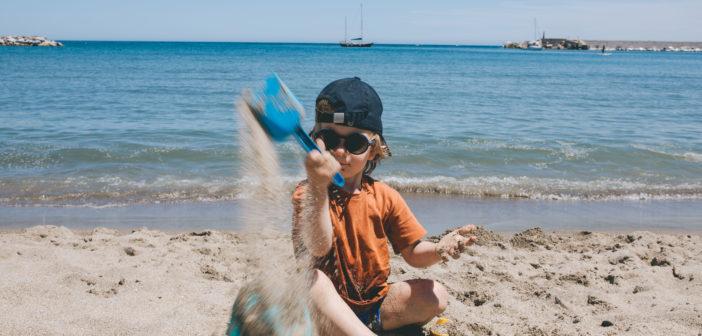 Zabawy sensoryczne, które Twoje dzieci pokochają latem