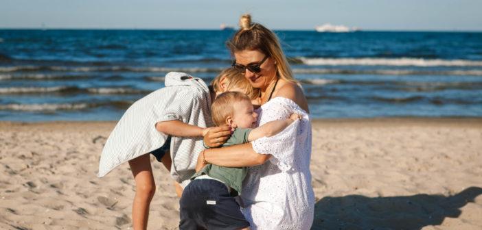 Dlaczego rodzinne wakacje mają długotrwały wpływ na szczęście dzieci? Wiem, że o tym nie wiedziałaś.